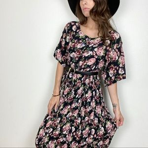 NWT Deadstock vintage floral pleated maxi dress